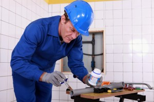 Protective Clothing and Work Safety during Plumbing